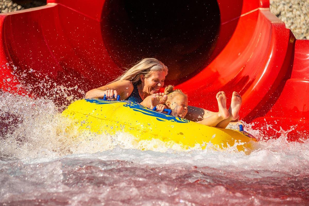 Blonde Mom & Daughter Splash Out